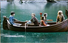 Pevensies trumpkin boat glasswater