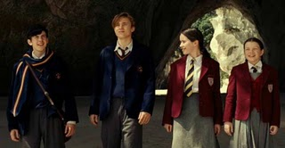 File:Peter,susan,edmund & lucy.jpg