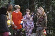 Sonny-With-a-Chance-2x06-The-Legend-of-Candy-Face-Stills-sonny-with-a-chance-10964616-2560-1707