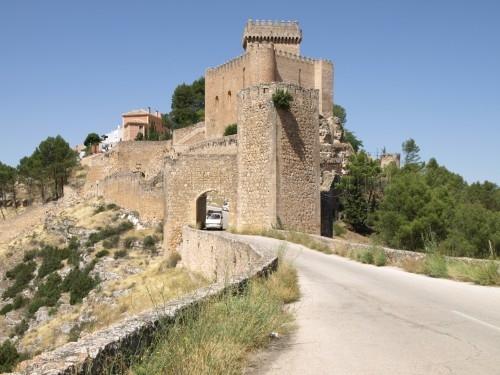 File:Way to Cuenca.jpg