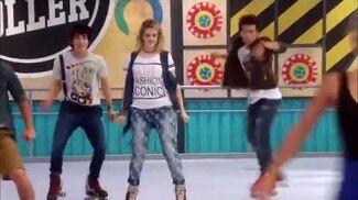 Todos bailan sobre patines - Un destino (6)