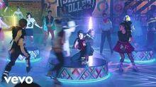 "Elenco de Soy Luna - Vuelo (""Soy Luna"" Momento Musical Fiesta de Disfraces)"