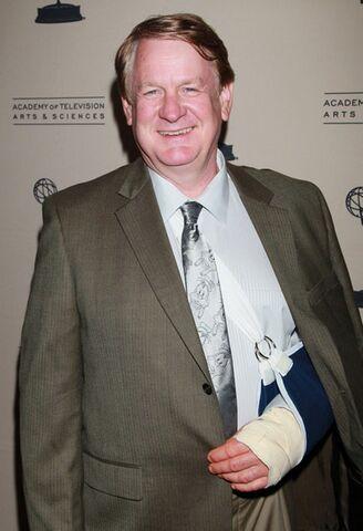 File:2011+Daytime+Emmy+Awards+Nominees+Cocktail+78Q07cAAB9ul.jpg