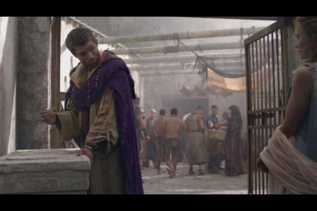 File:Spartacus-disgussed.jpg