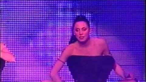 Spice Girls - Naked (Live at Arnhem)-1