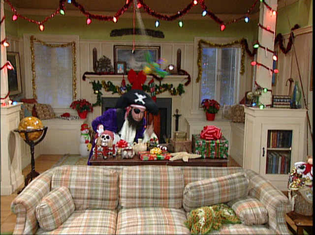 File:Patchy the Pirate in Christmas Who?-50.png