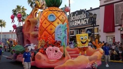 Full Universal's Superstar Parade staring Despicable Me, SpongeBob, Dora and Hop