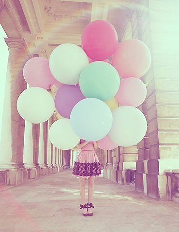 File:Balloons-big-colorful-cute-vintage-Favim.com-285160 large.jpg