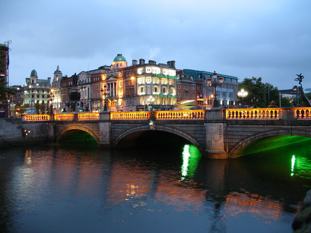 File:Ireland Dublin Night.JPG