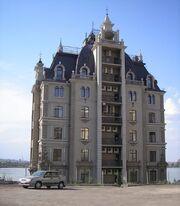 RealWorld Versailles Apartments