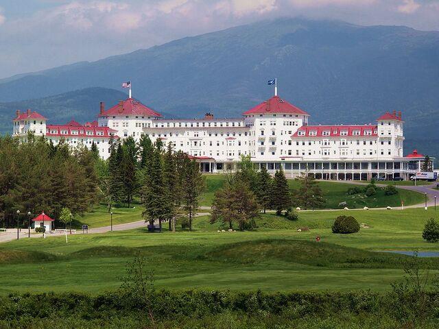 File:RealWorld Mountain Hotel.jpg
