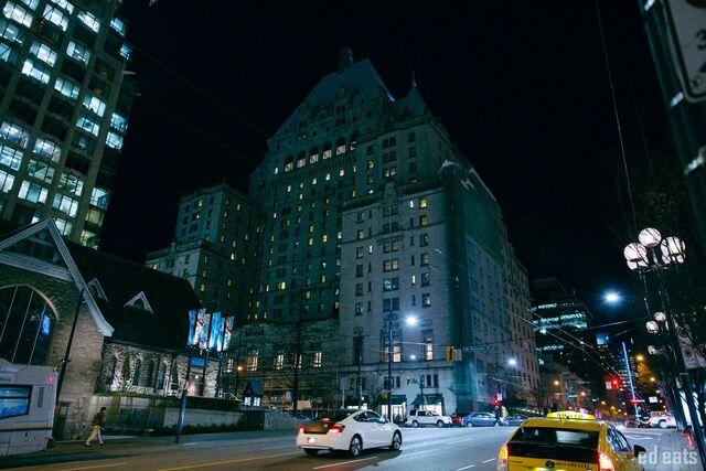 File:RealWorld Fairmont Hotel (Night).jpg