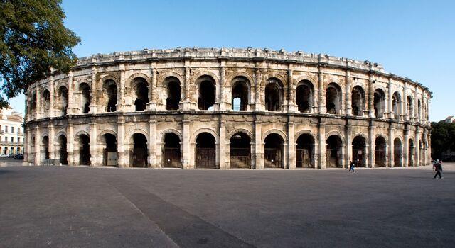 File:Arena of Nîmes.jpg