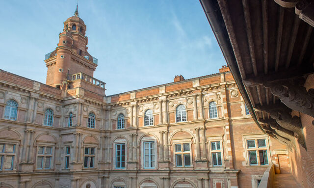 File:RealWorld Assezat Palace.jpg