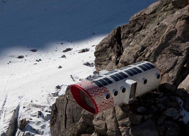File:RealWorld Mountain Shelter.jpg