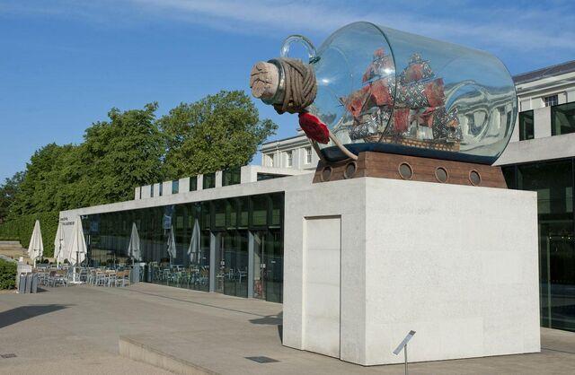 File:RealWorld Ship in a Bottle' Sculpture.jpg