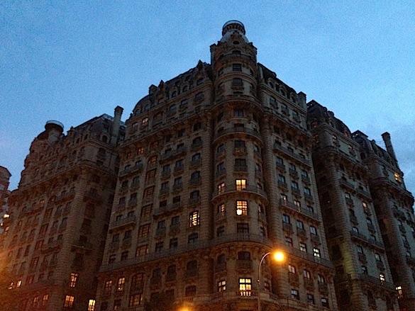 File:RealWorld Ansonia House (Night).jpg