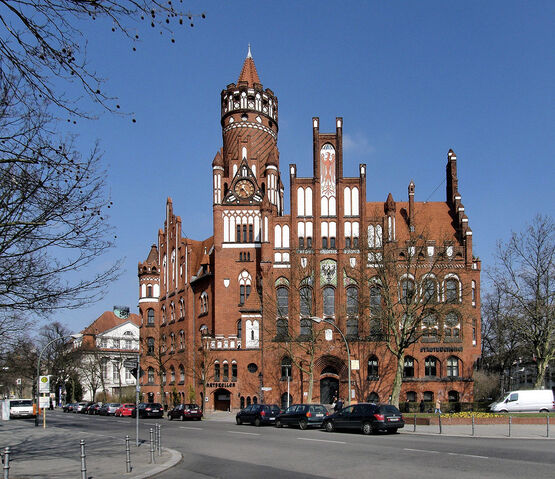 File:RealWorld Schmargendorf Town Hall.jpg