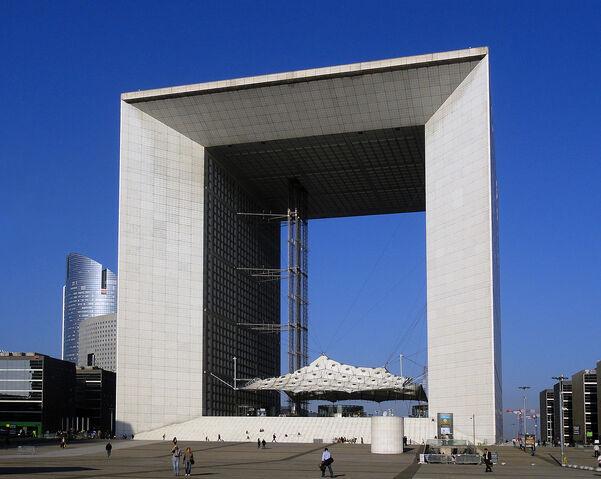 File:RealWorld La Grande Arche.jpg
