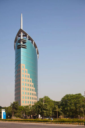 RealWorld DLF Gateway Tower