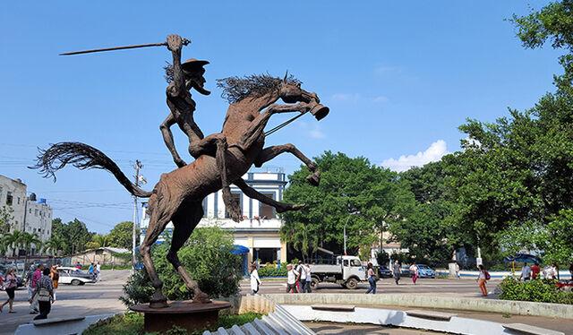 File:RealWorld Don Quixote Monument.jpg