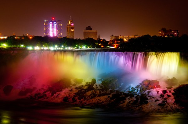 File:RealWorld Niagara Falls (Night).jpg