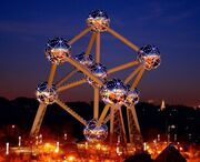 RealWorld Atomium (Night)