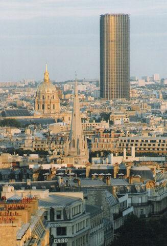 File:RealWorld Tour Montparnasse.jpg