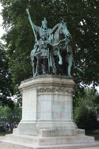 File:RealWorld Charlemagne Monument.jpg