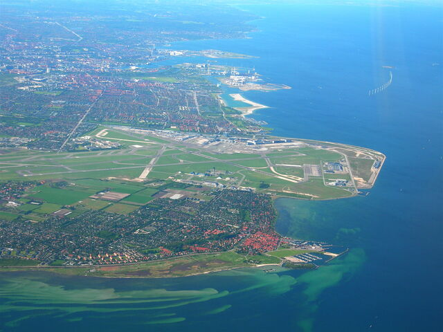 File:Copenhagen airport and the town of Dragør.jpg