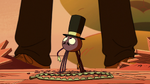 S2E22 Spider With a Top Hat looking up at Marco Diaz