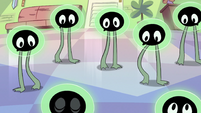 S2E11 Tadpoles shimmying their legs