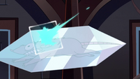 S2E41 Mewni rats gets crystallized while fleeing