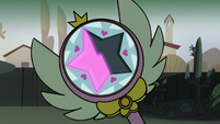 S2E8 Close-up on Star's wand - pink glow