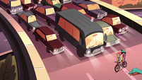 S2E5 Star and Marco obstructing highway traffic