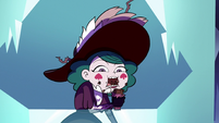 S3E2 Eclipsa quickly eating the candy bar