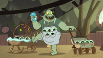 S2E12 Buff Frog playing with his babies