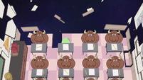 S2E32 Star's classmates turn into moose