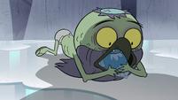 S2E2 Ludo eats spider's fish scraps