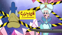 S2E25 Queen Butterfly 'sapping the power of magic'