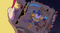 S2E27 Star Butterfly finds Glossaryck sleeping