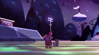 S2E23 Star Butterfly races across the football field
