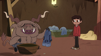 S2E28 Yak monster offers to dye Marco's jeans