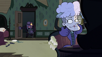 S2E18 Heinous' assistant returns with a package