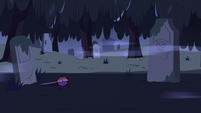 S2E27 Star Butterfly's wand falls out of her reach