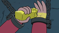 S3E6 Marco Diaz slathering butter on his wrist
