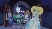 S2E40 Star, Marco, and Rhombulus run into the throne room