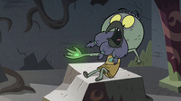 S3E3 Ludo startled by the wand in his hand