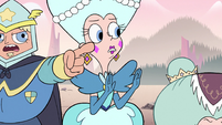 S2E15 Queen Butterfly tries to stop the arguing