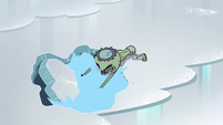 S2E2 Ludo makes a hole in the ice